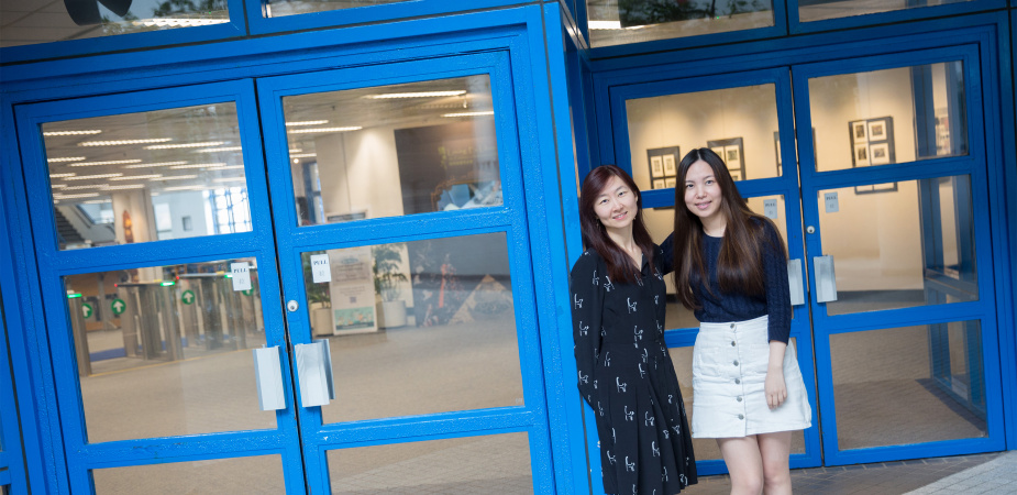(From left) Alumnae Kyna WONG and Bella CHAN made HKUST their first choice because they were both eager from childhood to explore science and technology.