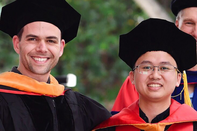Qifeng with his PhD supervisor Professor Vladlen KOLTUN (right) at Stanford University.