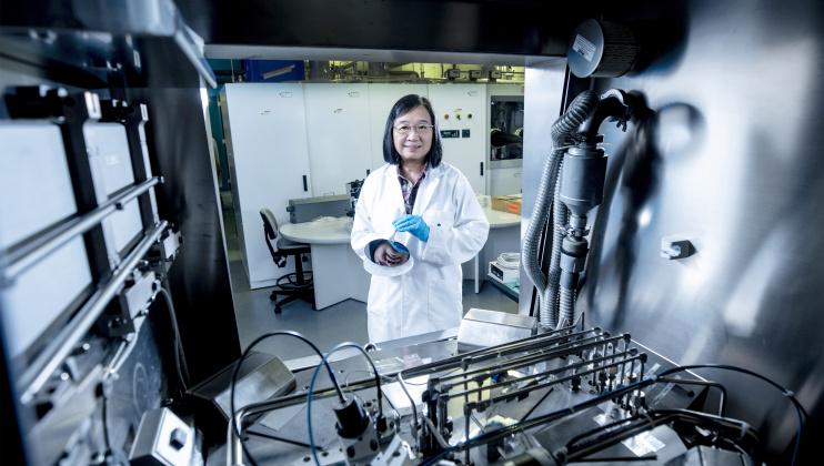 Prof. Kei May LAU Named 2020 OSA Nick Holonyak Jr. Award Recipient